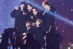Vé concert offline của BTS bị độn giá lên hơn nửa tỷ đồng