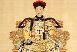 Hoàng đế Trung Quốc ân sủng mỹ nhân cũng bị giám sát