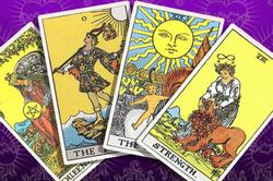Bói bài Tarot thứ 3 ngày 19/10/2021: Giải quyết nợ nần