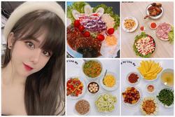 Bận sấp mặt, cựu hot girl trường báo vẫn mê nấu ăn không thể bỏ
