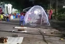 Sợ hết vaccine, người dân Bình Dương xếp hàng chờ từ đêm đến sáng
