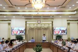 Chủ tịch TP.HCM: Cần xem xét cho phép quán ăn phục vụ tại chỗ