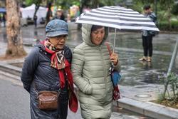 Bắc Bộ đón gió mùa Đông Bắc, Hà Nội mưa rét