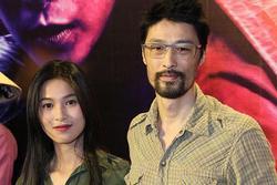 Bạn gái Johnny Trí Nguyễn đóng cảnh nóng 12 tiếng với sao ngoại
