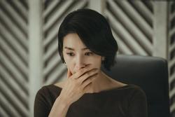 Chồng đưa đơn ly hôn, 2 tuần sau vợ phát hiện bí mật tày đình