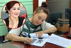 Vy Oanh nộp đơn yêu cầu khởi tố bà Phương Hằng vu khống