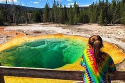 Suối nước nóng tới 100 độ khiến nhiều du khách bị bỏng nặng