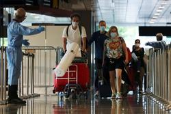 Hơn 5.000 khách quốc tế chỉ như 'muối bỏ bể' với du lịch Singapore